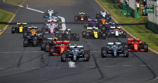 Quelle chaîne diffuse la F1 2021 gratuitement en direct ?